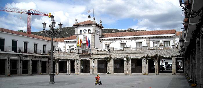 Plaza Mayor Hoyo de Manzanares
