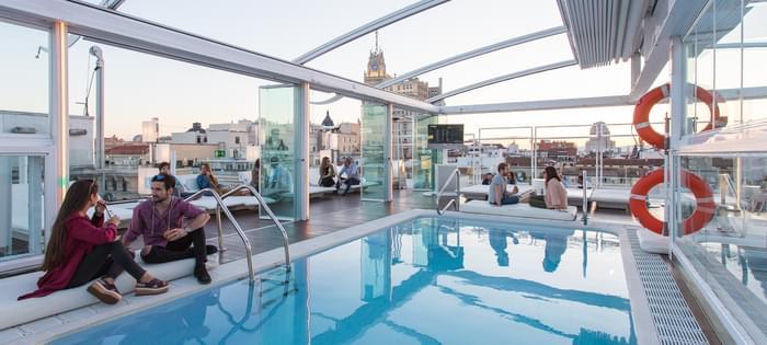 Terraza hotel Oscar Room Mate